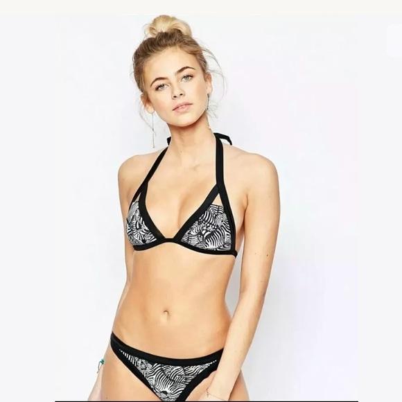 edbdb9f8f271d Final Ted Baker Zebra Bikini Bottom US Size 4 NEW